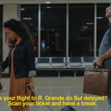 KitKat envahit l'aéroport et vous offre du chocolat si votre vol est retardé