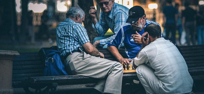 Getty Images : Les seniors ne se reconnaissent pas dans le miroir que…