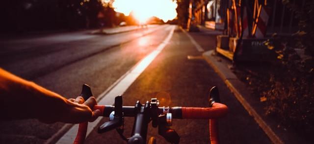 Crise sanitaire: À Paris, à vélo, on dépasse les autos et les…