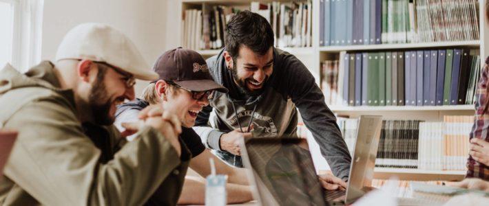 L'importance des softs skills pour les étudiants de la com' et du marketing