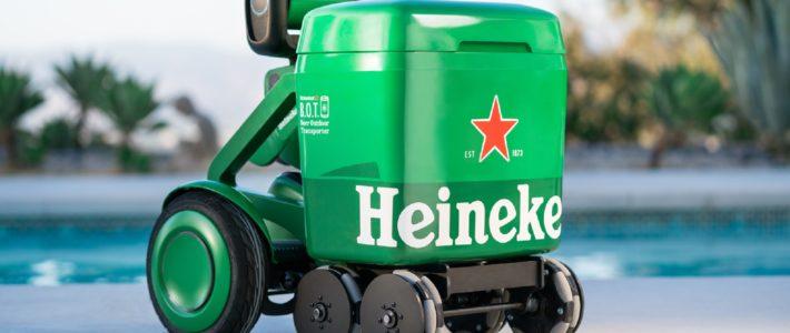 Heineken crée un robot qui vous suit avec des bières au frais