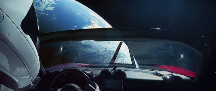 Elon Musk va diffuser de la publicité dans l'espace avec SpaceX