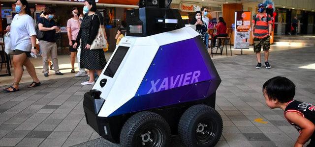 Singapour : des robots pour faire respecter les règles de civilité
