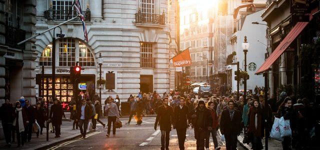 Etude Kantar : comment les shoppers se conduisent-ils ?